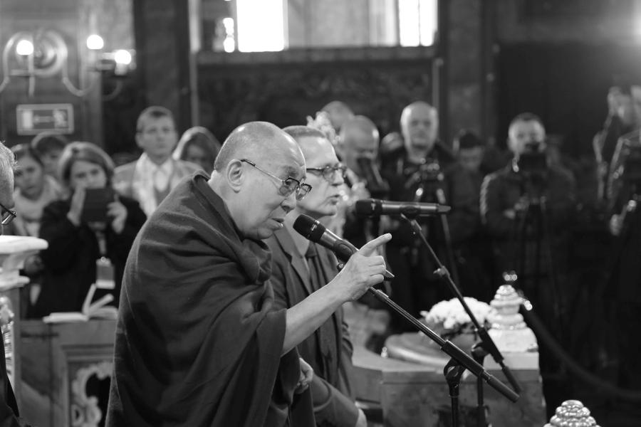 dalajlama-kosciol-pokoju-w-swidnicy-polska-wroclaw-apel-o-pokoj-interfaith-dialogue-dialog-miedzyreligijny-judaizm-rabin-zydzi-islam-imam-biskup-03
