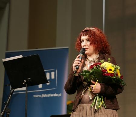 Joanna Lisek podczas otwarcia wystawy Kobiety w kulturze jidysz /fot. Chidusz