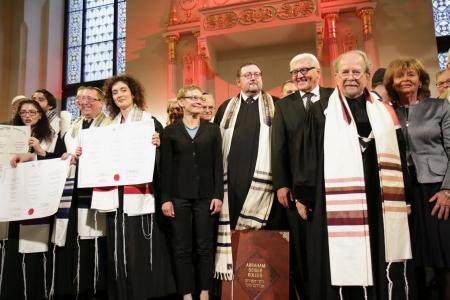 Ordynacja rabinów i kantorów w Synagodze pod Białym Bocianem /fot. Paul Brenker