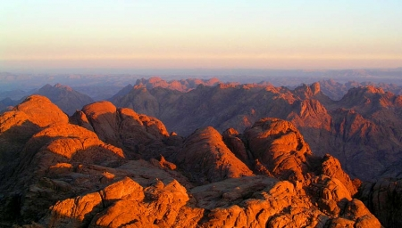 moses-mountain-sinai