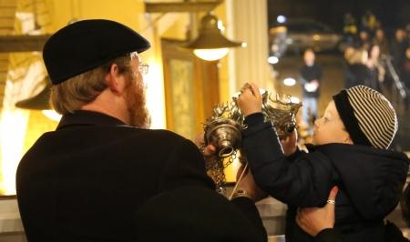 Uroczyste zapalenie wiecznej lampy - ner tamid w Gminie Żydowskiej we Wrocławiu