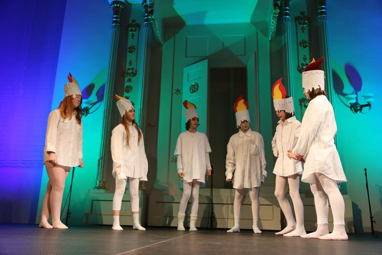 chidusz-com-chanukkah-hanukkah-chanuka-wroclaw-jewish-life-in-poland-festival-of-lights-schudrich-herberger-gleichgewicht-bente-kahan-white-strok-synagogue-synagoga-pod-białym-bocianem-etz-chaim (27)