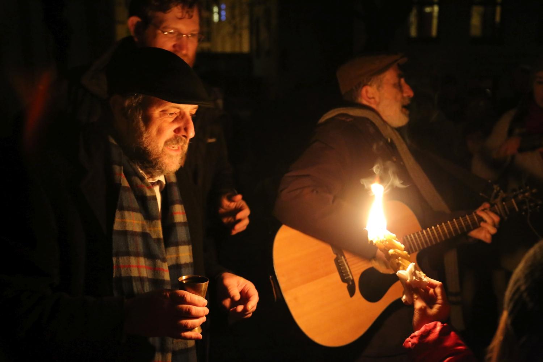 chidusz-com-chanukkah-hanukkah-chanuka-wroclaw-jewish-life-in-poland-festival-of-lights-schudrich-herberger-gleichgewicht-bente-kahan-white-strok-synagogue-synagoga-pod-białym-bocianem-etz-chaim (5)