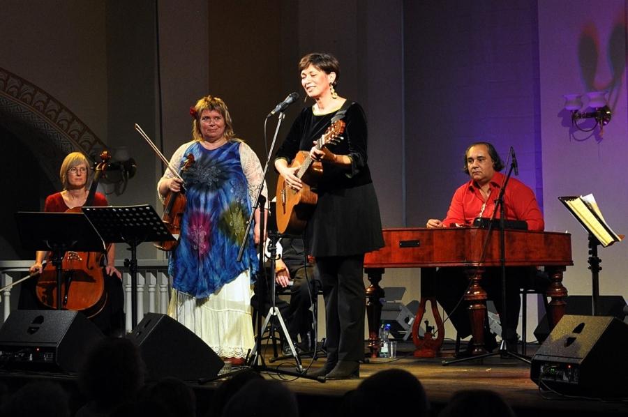 "23.08 Bente Kahan & Gjertrud's Gypsy Orchestra ""Yiddishkayt"" fot. Tomasz Fila"