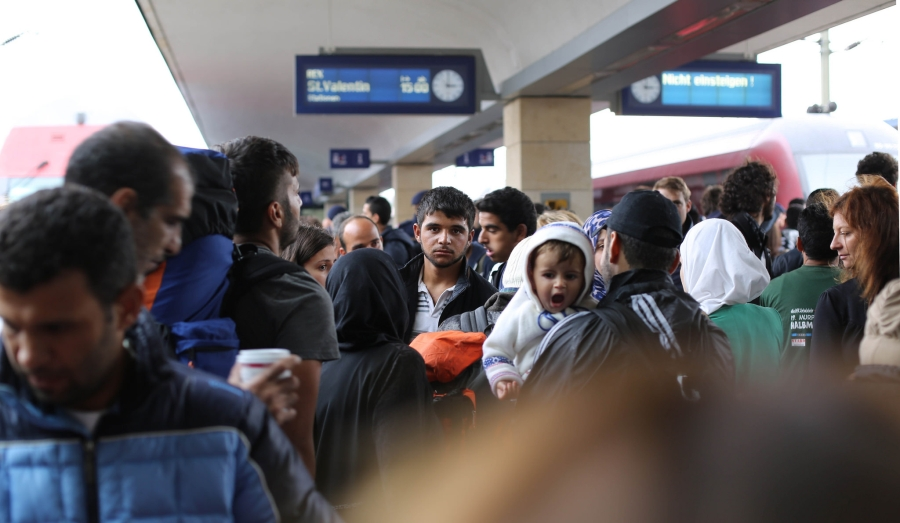 kryzys-migracyjny-imigranci-w-europie-syria-uchodzcy-bliski-wschod-chidusz-com-aleksander-gleichgewicht