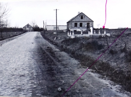 The place where Jews were burned in Radziłów. Photo from investigation S15/01/Zn concerning the murder of 800 people of Jewish nationality on July 7, 1941. Some of them were shot and some of them burned in the barn. (The investigation was suspended.) OKŚZpNP, IPN Białystok.