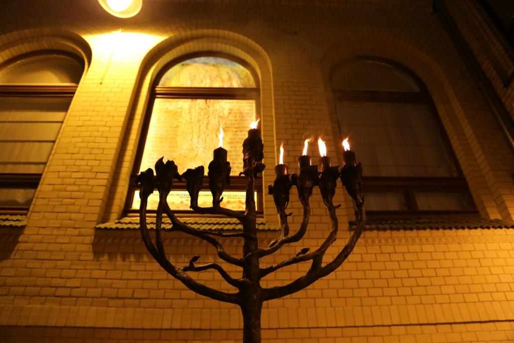 otwarcie-malej-synagogi-szulu-we-wroclawiu-remont-malej-synagogi-synagoga-pod-bialym-bocianem-renowacja-gmina-zydowska-wroclaw-zycie-zydowskie-w-polsce-synagoga-010