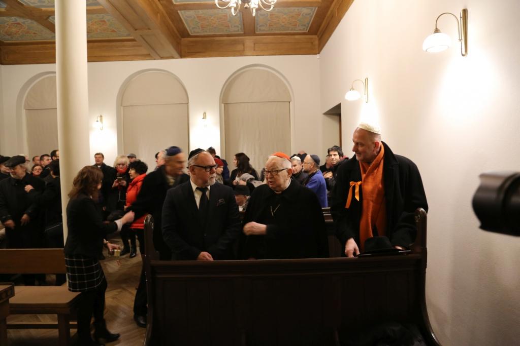 otwarcie-malej-synagogi-szulu-we-wroclawiu-remont-malej-synagogi-synagoga-pod-bialym-bocianem-renowacja-gmina-zydowska-wroclaw-zycie-zydowskie-w-polsce-synagoga-15