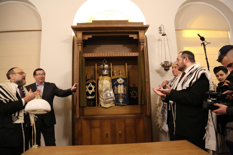 otwarcie-malej-synagogi-szulu-we-wroclawiu-remont-malej-synagogi-synagoga-pod-bialym-bocianem-renowacja-gmina-zydowska-wroclaw-zycie-zydowskie-w-polsce-synagoga-24