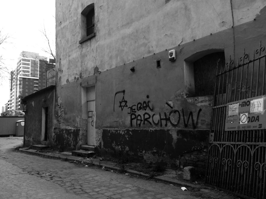 jebac-parchow-gwiazda-dawida-na-szubienicy-zydzi-antysemityzm-wroclaw-antysemickie-grafitti-neonazisci