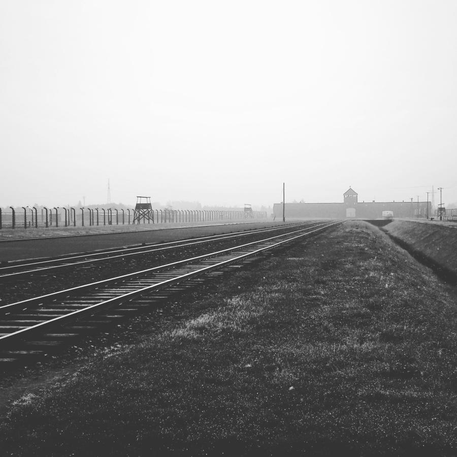 concentration-camp-auschwitz-birkenau-pope-francis-visit-wizyta-papieza-franciszka-w-obozie-koncentracyjnym-oświęcim