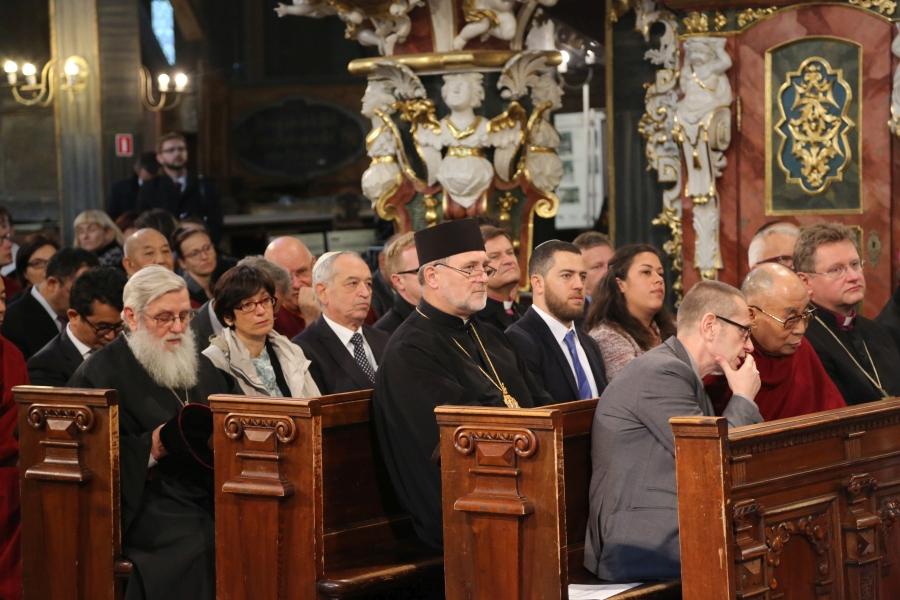 dalajlama-kosciol-pokoju-w-swidnicy-polska-wroclaw-apel-o-pokoj-interfaith-dialogue-dialog-miedzyreligijny-judaizm-rabin-zydzi-islam-imam-biskup-04