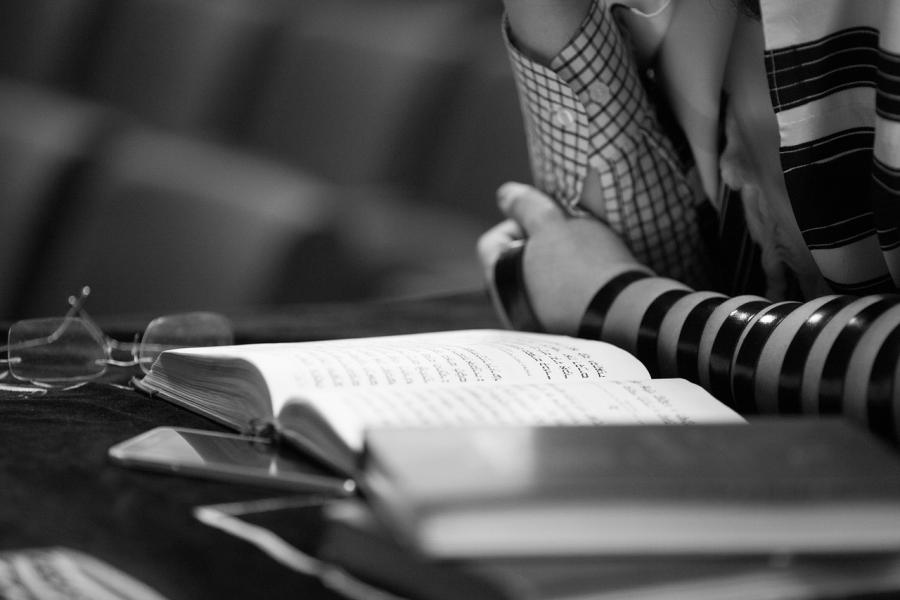rabin-rabbi-jonathan-sacks-parsza-parsha-bo-moses-mojzesz-pesach-passover-torah-tora