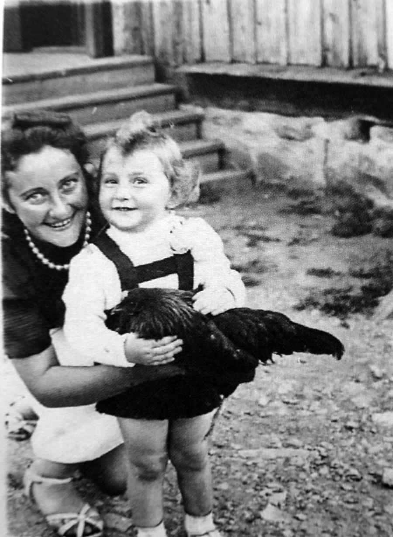 Szarona z mamą. /Fot. Archiwum rodzinne