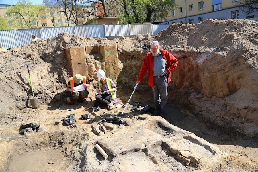 cmentarz-zydowski-gwarna-wroclaw-ekshumacja-na-gwarnej-jewish-cemetery-wroclaw-breslau
