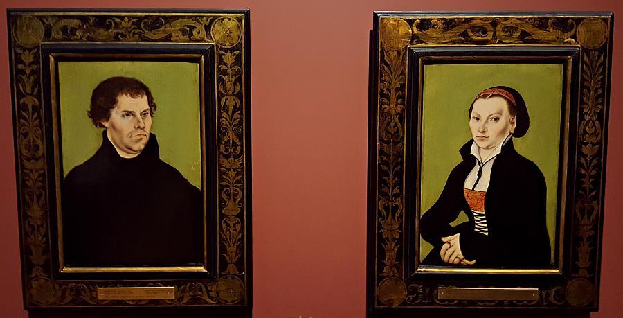 Portrety Marcina Lutra i jego żony, Katarzyny von Bora, autorstwa Lucasa Cranacha Starszego w zbiorach Muzeum Narodowego w Sztokholmie /fot. Chidusz