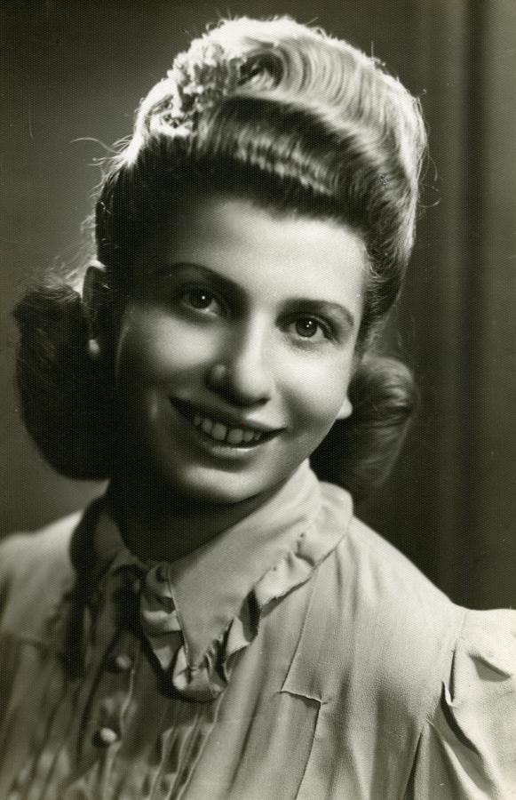 Joanna w Wieliczce, po wojnie /fot. Archiwum rodzinne