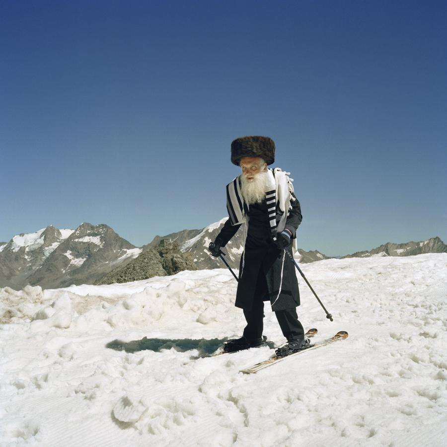 Na nartach pozuje ojciec Benyamina /fot. Benyamin Reich