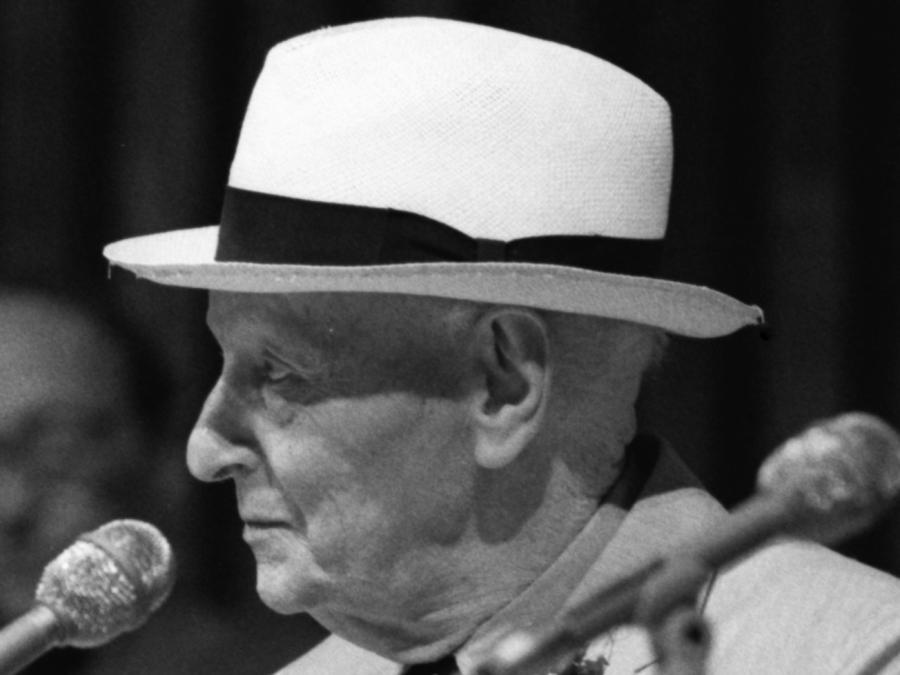 izaak-baszewis-singer-jidysz-tlumaczenia-asaf-galay-muses-of-isaac-bashevis-singer-nobel